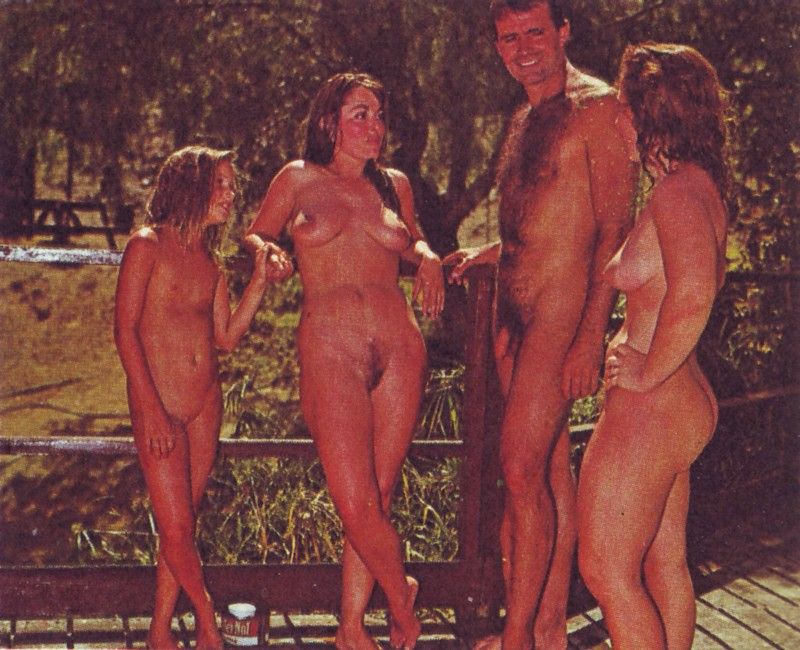 nudistyoungxyz  YOUNG NUDISTs  pictures videos